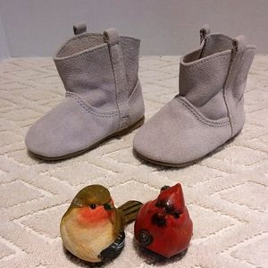🎁Soft suede boots-NWOT